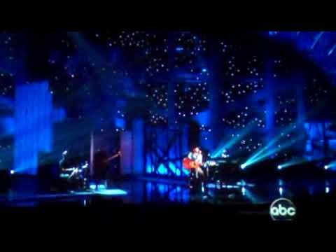 Kenny Chesney Dave Matthews I'm Alive at the CMA Awards 2009