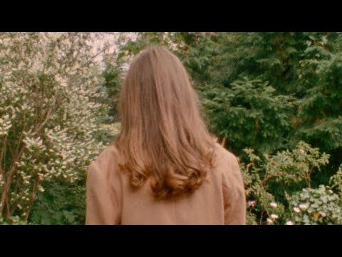 Stella Sommer - A Lover Alone