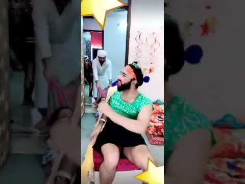 Comedy video( ghonghte mein chalta...