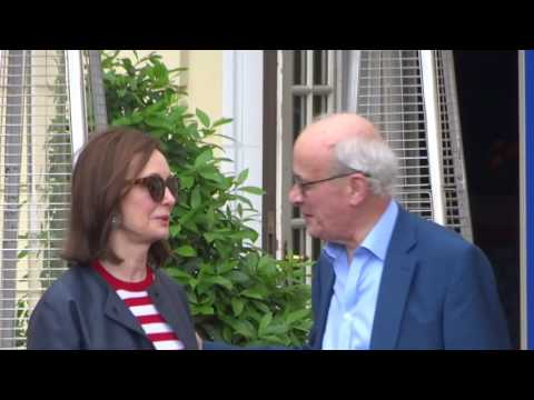 04413 - Départ  Kerr, John (GBR), Deputy Chairman, Scottish Power - Bilderberg meeting - 06/12 2016