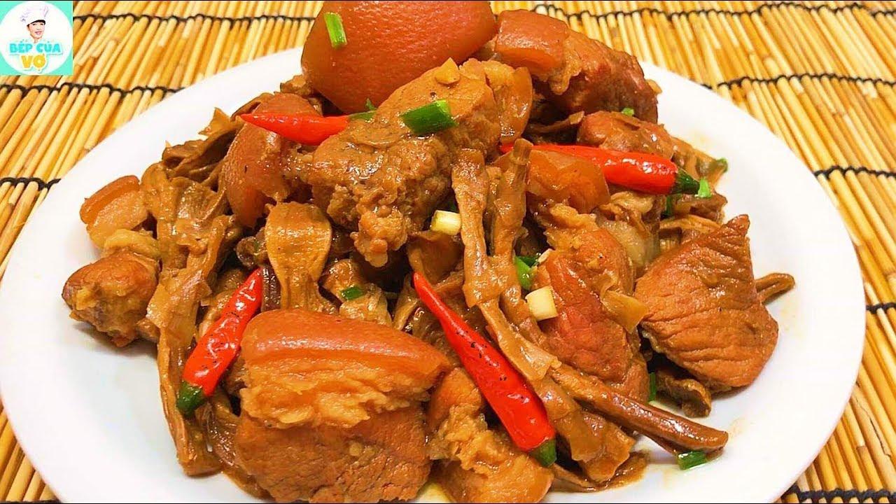 THỊT KHO MĂNG KHÔ | Cách kho thịt với măng khô ngon tuyệt hảo | Bếp Của Vợ