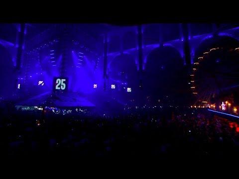 Download The Hardstyle Top 25 of all-time | De Q-dance Feestfabriek 2010