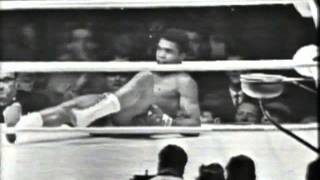58 Henry Cooper v Cassius Clay