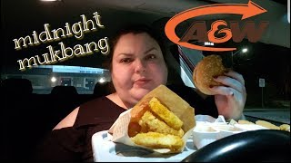 MIDNIGHT MUKBANG A&W NEW SMOKED GOUDA BURGER CRUNCHY ONION RINGS AND CHICKEN STRIPS!