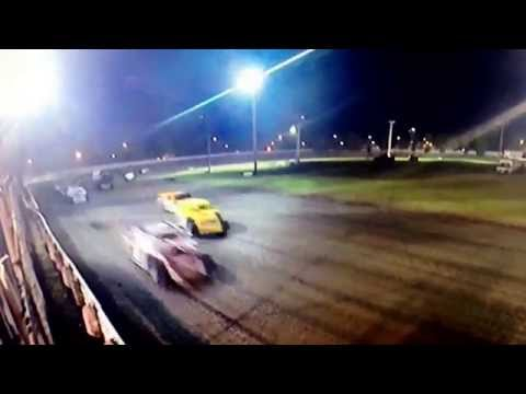 Midwest mod shot from the flagstand at Norman County Raceway