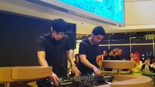 Video DJ al ghazali live perfome bikinnnnn meleeeeleeehhh...!! download MP3, 3GP, MP4, WEBM, AVI, FLV Agustus 2018
