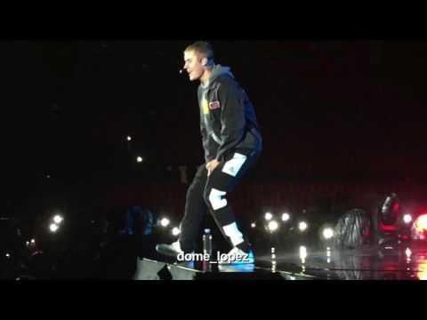 Justin Bieber-Hold Tight  QUITO (Purpose Tour Ecuador 08/04/2017)