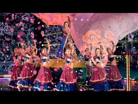 Видео, Танцуют все. Ансамбль индийского танца Маюри