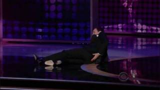 Jimmy Fallon fall on the Emmys  (HQ)