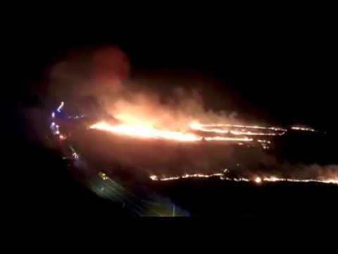 Raw: Brush fire along Hana Highway