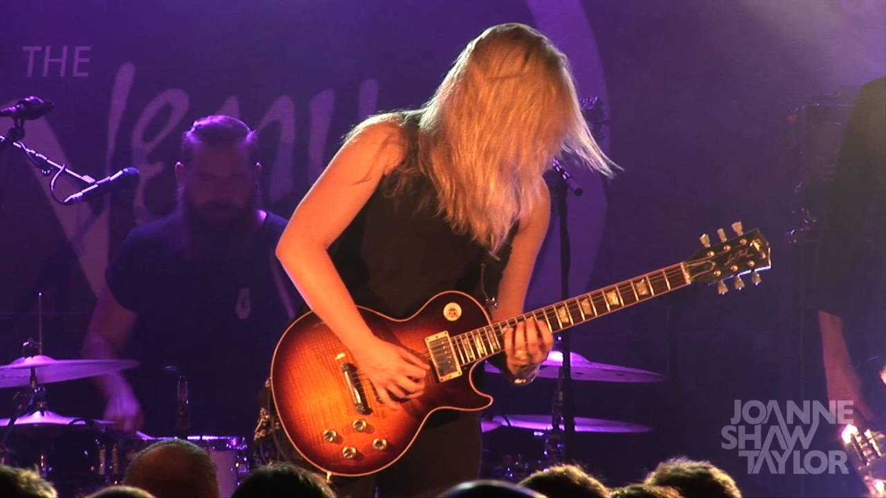 Video: Joanne Shaw Taylor - Diamonds In The Dirt (Live At Glasgow Oran-Mor)