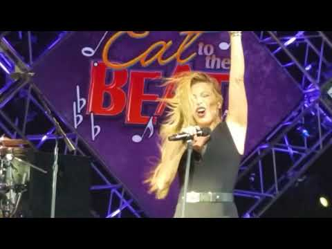 Taylor Dayne I'll Be Your Shelter 10/13/17 (EAT TO THE BEATS )