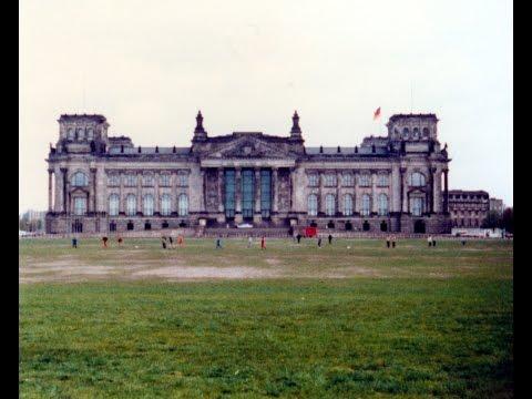 Reichstag Berlin history rebuilding Foster