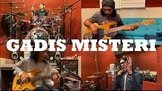 Gadis Misteri - Along Exists, Eiz Gerilia, Mior & Yon