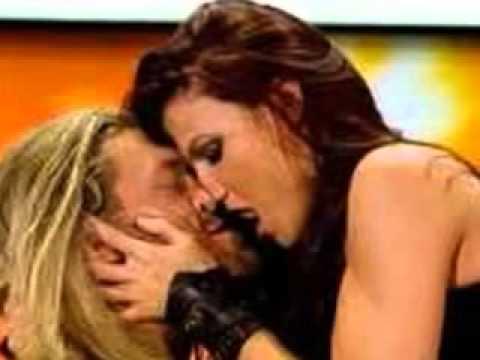 edge and lita kiss