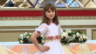 Модний показ у вишиванках. Ассоль.Кадрики(, 2014-04-30T10:07:25.000Z)