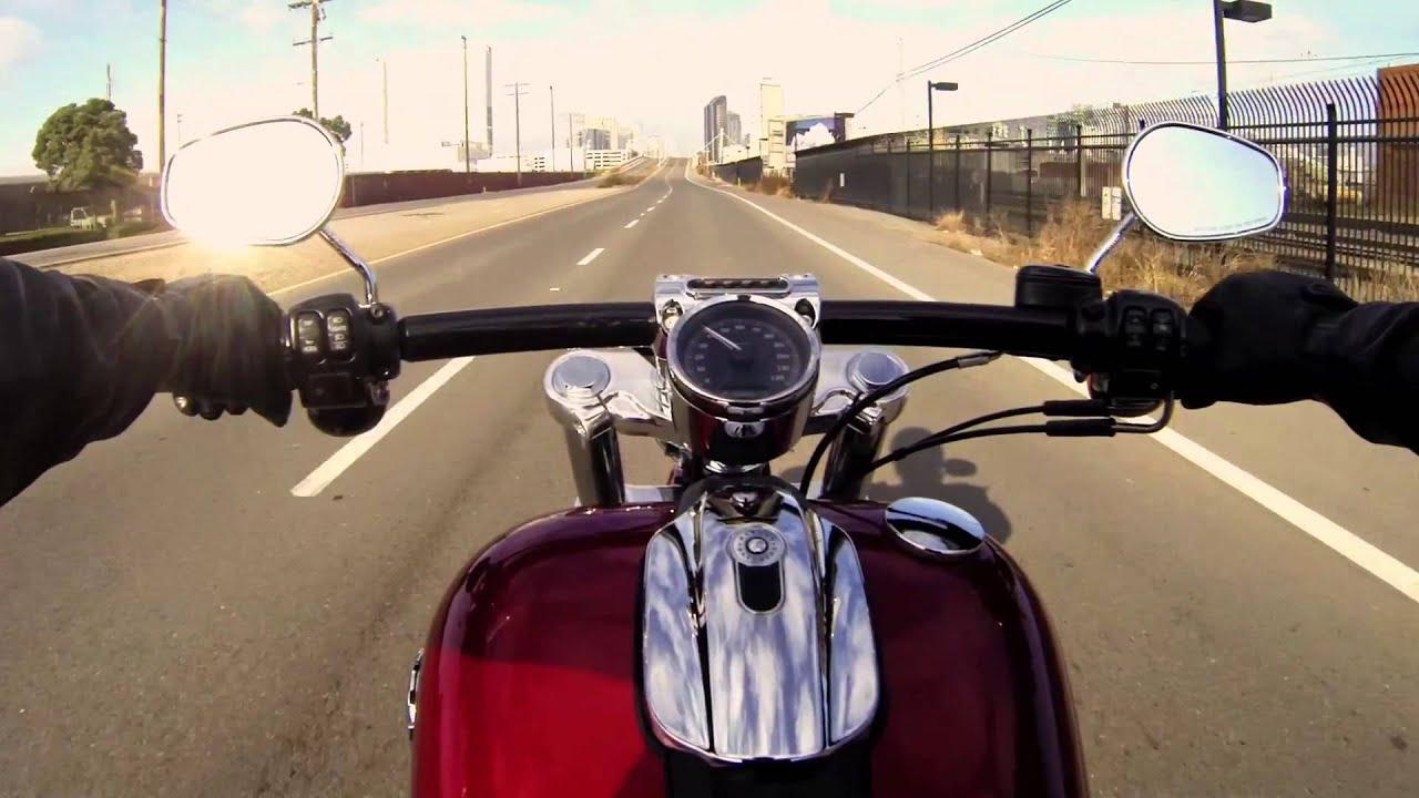 Harley Davidson Breakout 2013 Official