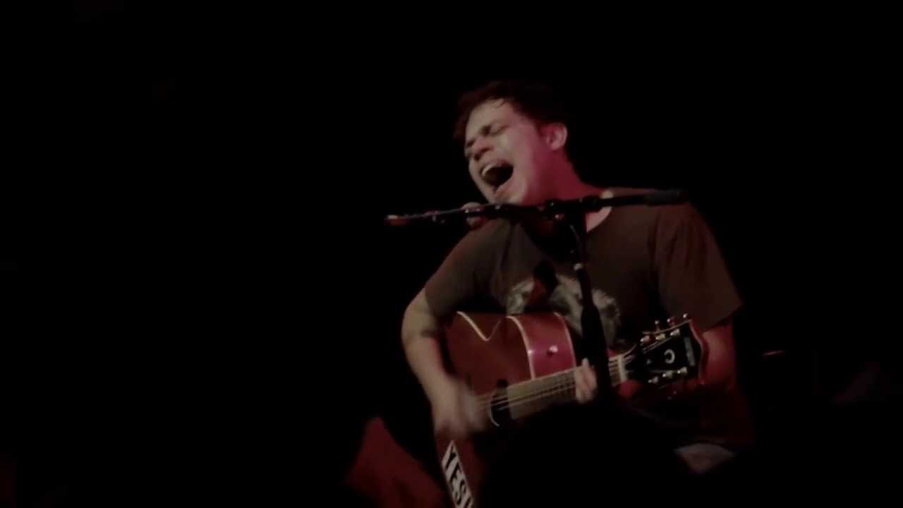 jeff-rosenstock-theres-my-baillout-the-middle-east-in-cambridge-ma-12-21-2013-k-davila