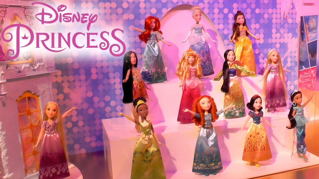 Resultado de imagem para disney princesses and moana