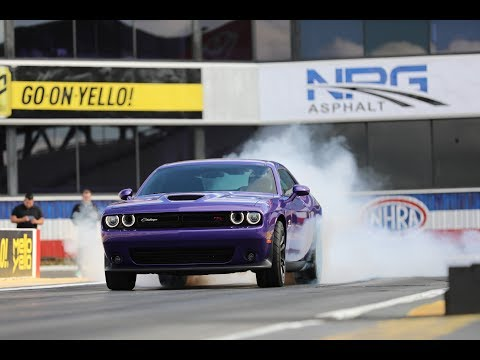 launching-the-2019-dodge-challenger-r/t-scat-pack-1320