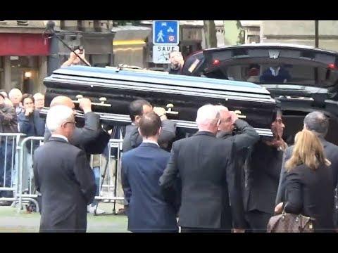 Carla Bruni, Johnny Hallyday, Marc Lavoine etc aux obsèques de Mireille Darc - 1er septembre 2017