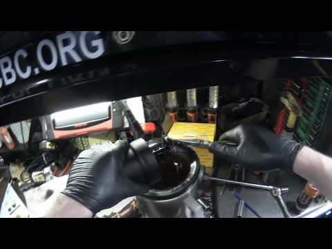 how to change the ligntt on vw rabbit 2008