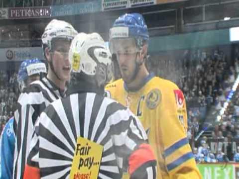 Niklas persson stannar i khl