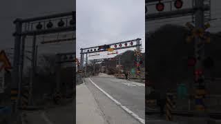 충북선 명서건널목  화물열차 통과