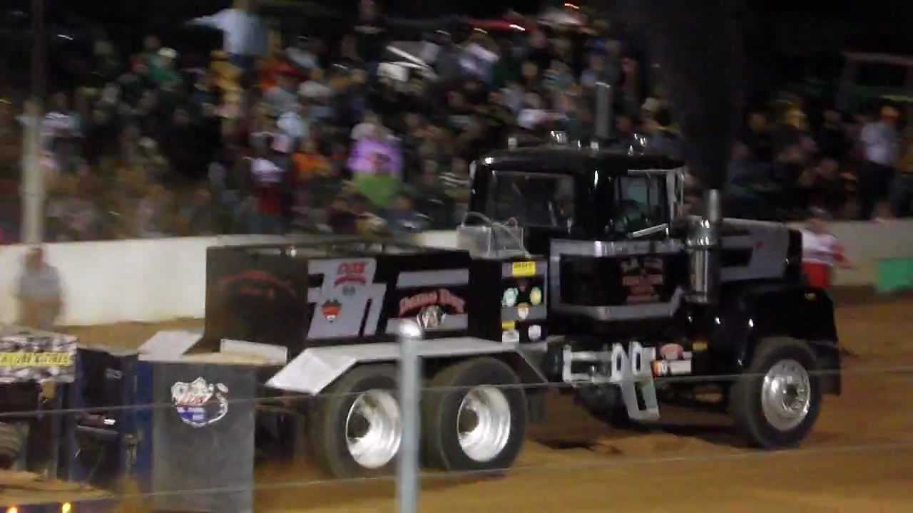 Modified Mack Superliner Truck Pull