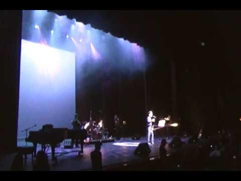 shadmehr concert - calgary 2010-roj supermarket