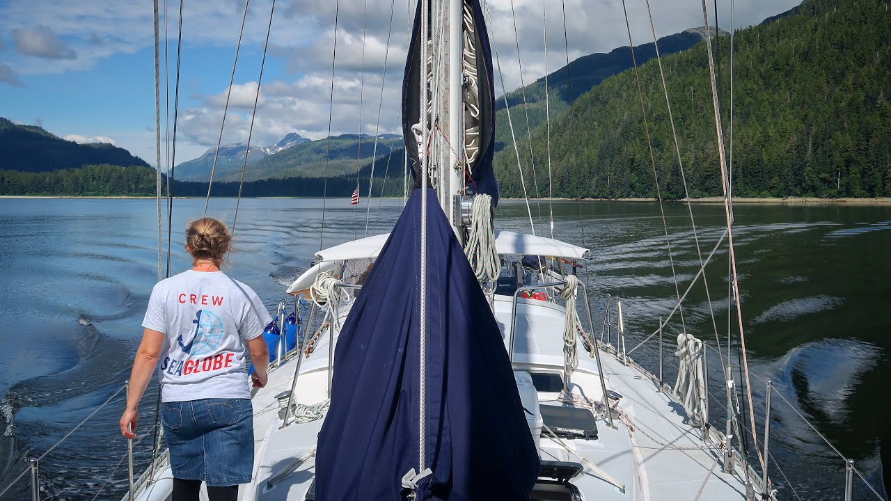 Seeing Alaska by sailboat up close to wildlife