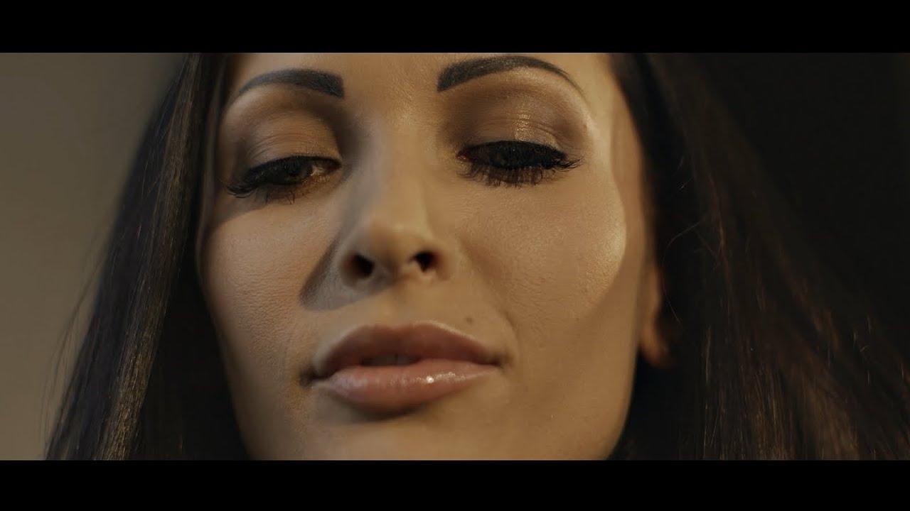 Download Mateusz Mijal - Zabijasz mnie (Official Music Video)