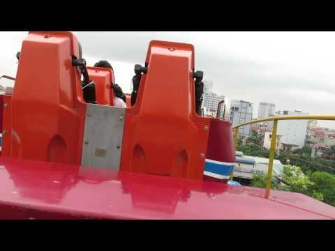 Tàu lượn siêu tốc Công viên nước Hồ Tây