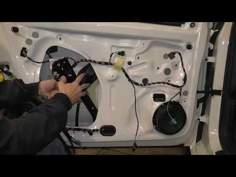 VW Polo Sedan - Замена механизма стеклоподъемника