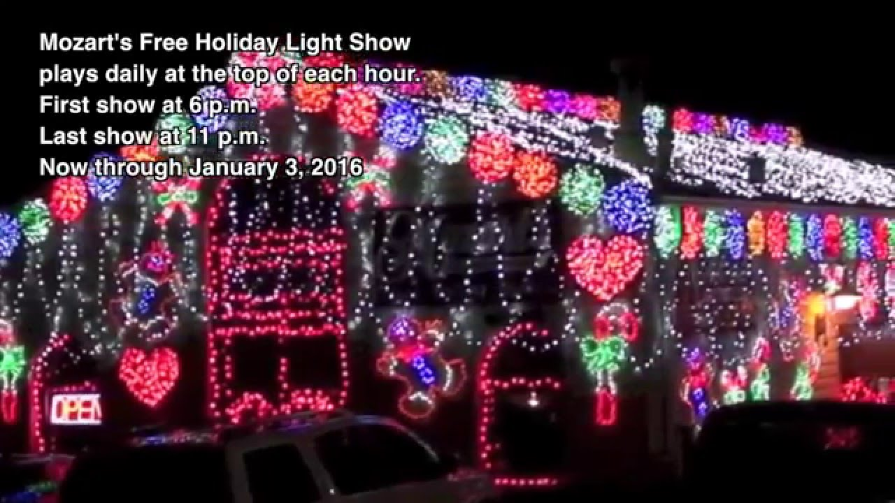 2015 Mozartu0027s Christmas Music And Light Show   Austin, Texas