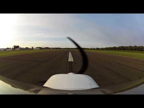 C150 - Strong crosswind landing at KHFD - Hartford-Brainard Airport