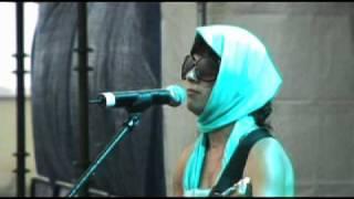 MIMA (Damen) @ INDIE ROCK FEST AGUADILLA 2009 Parte I