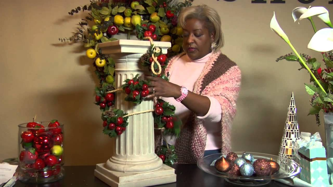 how to decorate indoor columns for christmas christmas decorating youtube
