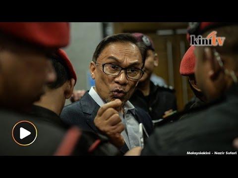 """""""Hentam Tun M, DAP bukan jawapannya,"""" kata Anwar kepada Najib"""