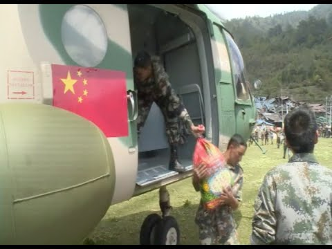 Chinese Military Helicopters, Medical Team Continue Aid Efforts in Nepal
