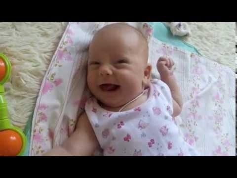 Ритуля смеется с мамой. Как улыбается ребенок. Прикольное смешное видео про детей. Sweet Mama