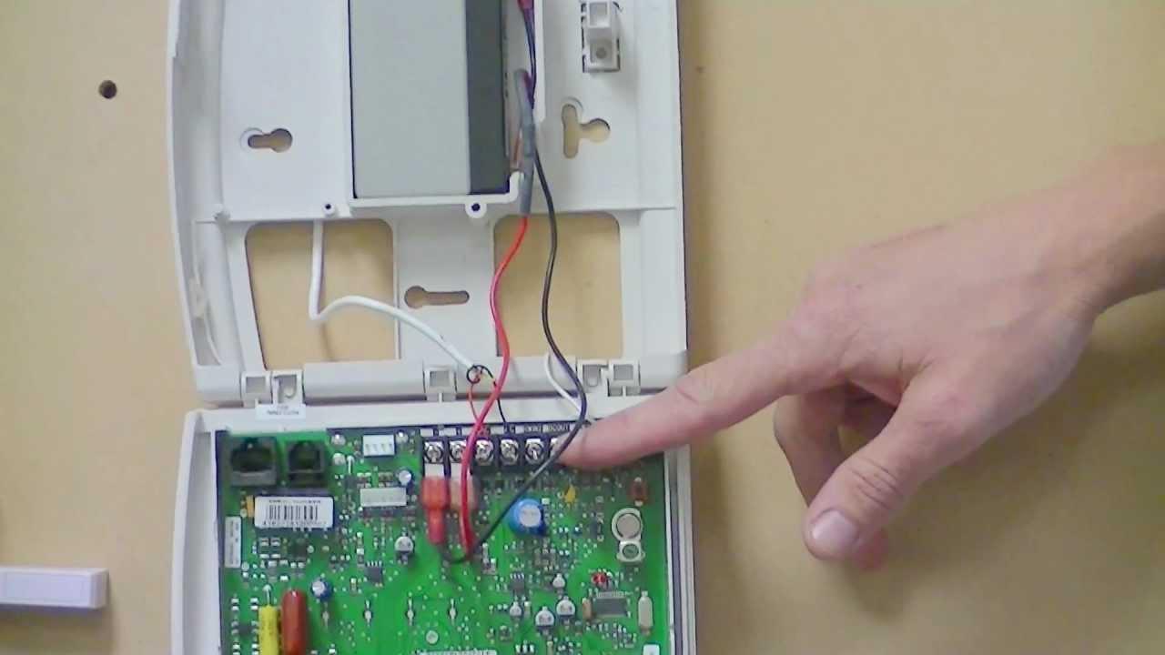battery change ge iti simon 3 panel youtube rh youtube com simon 3 programming manual pdf ge simon 3 user manual