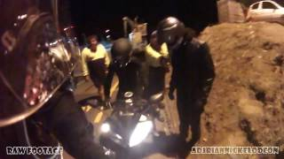 2 bikes crash during Sydney's Riders Halloween ride | BMW S1000RR & YZF R 15 | RAW FOOTAGE