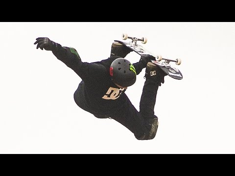 Danny Way breaks world record for highest ever skateboarding jump