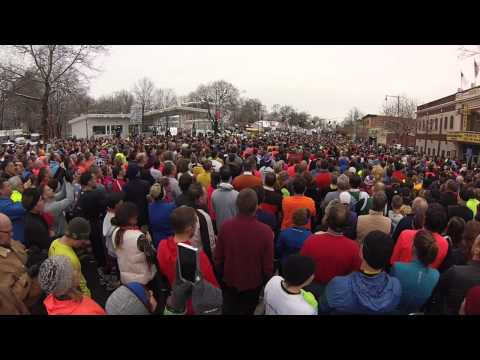 Crowd Takes Over National Anthem - Manchester Road Race 2014
