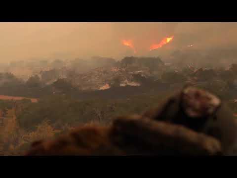 SoCal Fires: Cal Guard Black Hawks drop water on Thomas Fire
