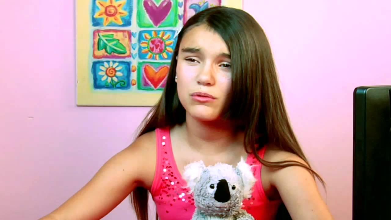 Kids React to Selena Gomez - YouTube