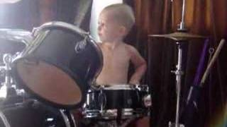 the 3 year old drummer