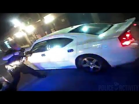 Video Of Orlando Police Officer Shooting At Stolen Car