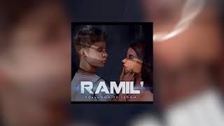 Ramil  Пальцами по губам
